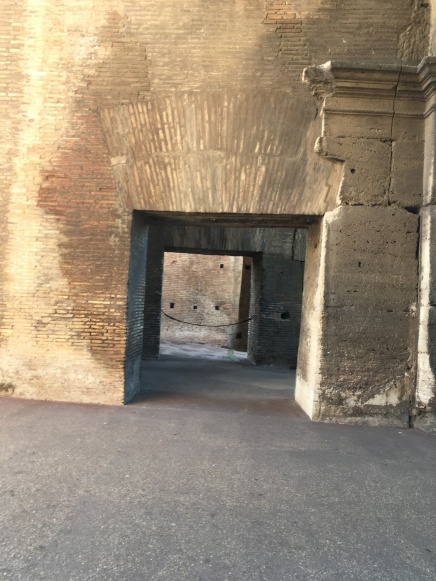 Passages, Colosseum