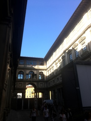 the interior courtyard of the Uffizi Gallery complex